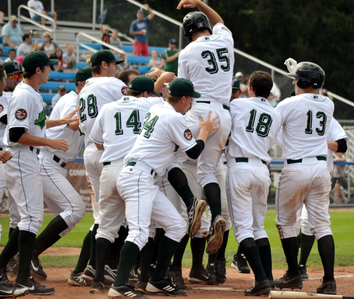 jordan-luplow-jamestown-jammers-walk-off