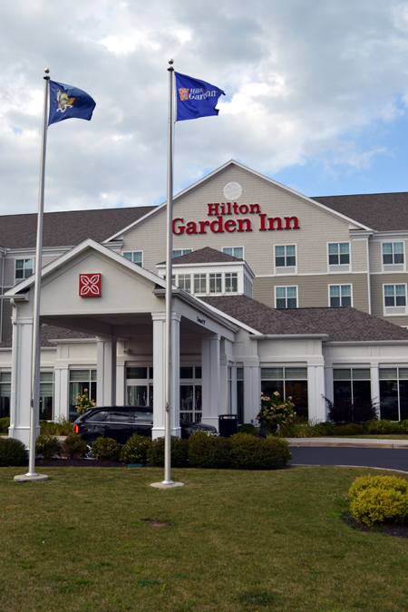 hilton-garden-inn-auburn-front-outside