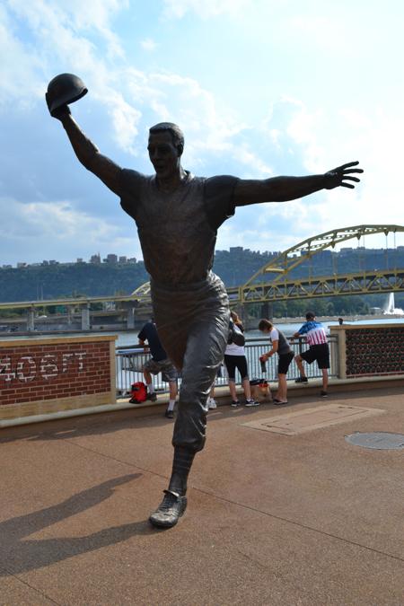 pnc-park-bill-mazeroski-statue