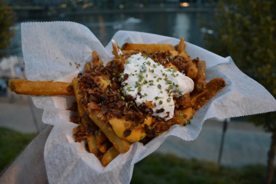 pnc-park-riverwalk-fries