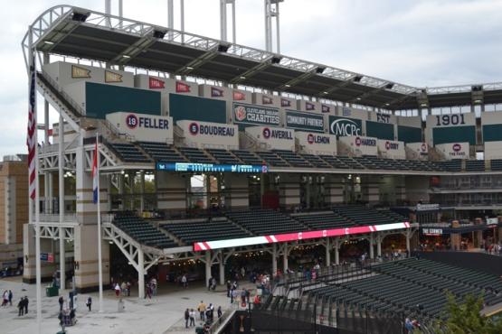 progressive-field-seating-decks