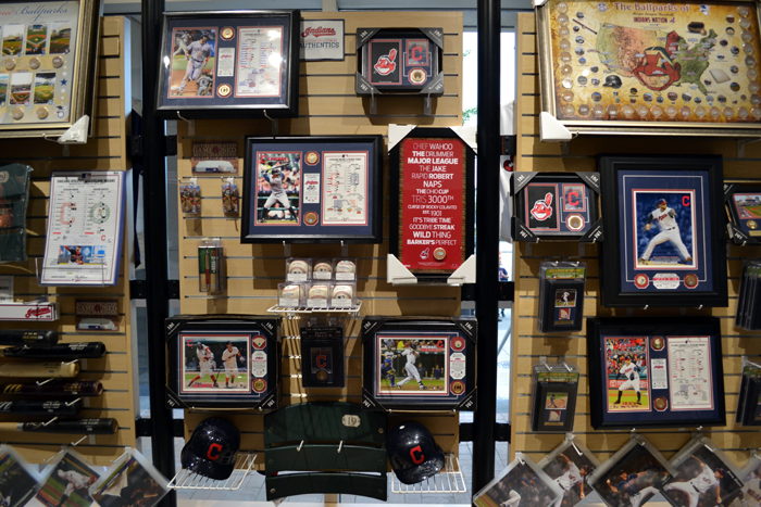 progressive-field-team-shop-memorabilia