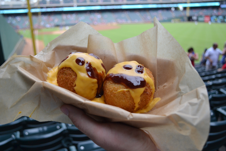 globe-life-park-food-brisket-mac-and-cheese-balls