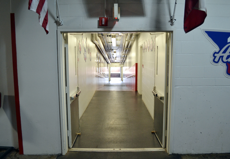 globe-life-park-opening-to-rangers-dugout-tunnel