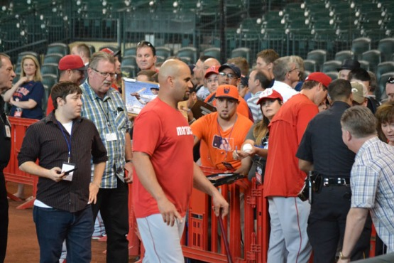 minute-maid-park-albert-pujols-autographs