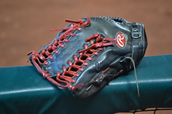 collin-cowgill-glove
