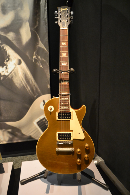 rock-hall-of-fame-allman-guitar