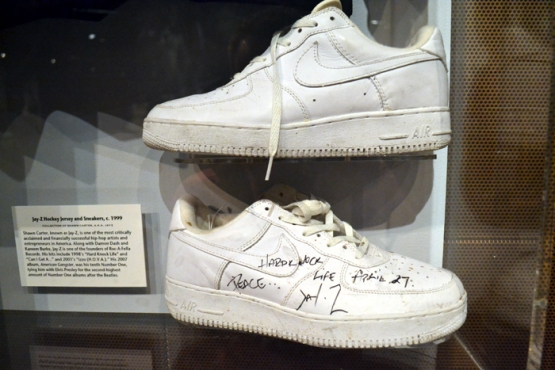 rock-hall-of-fame-jay-z-shoes
