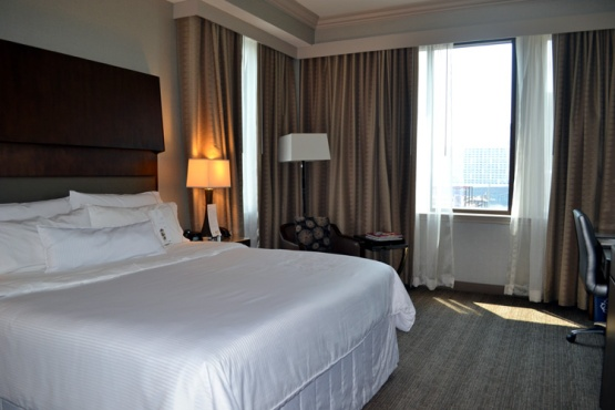 westin-houston-downtown-room-1