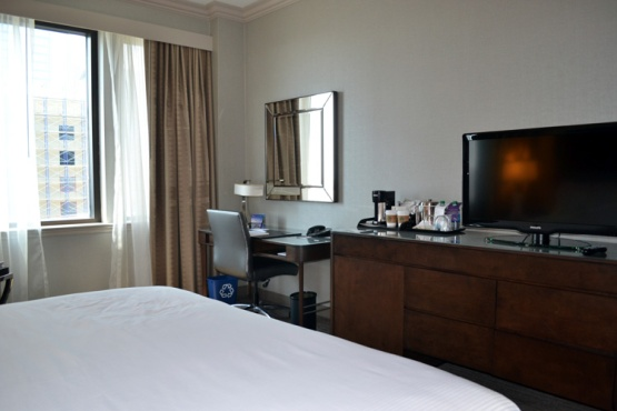 westin-houston-downtown-room-2