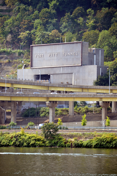 fort-pitt-tunnel