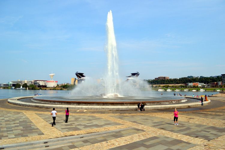 point-state-park-fountain