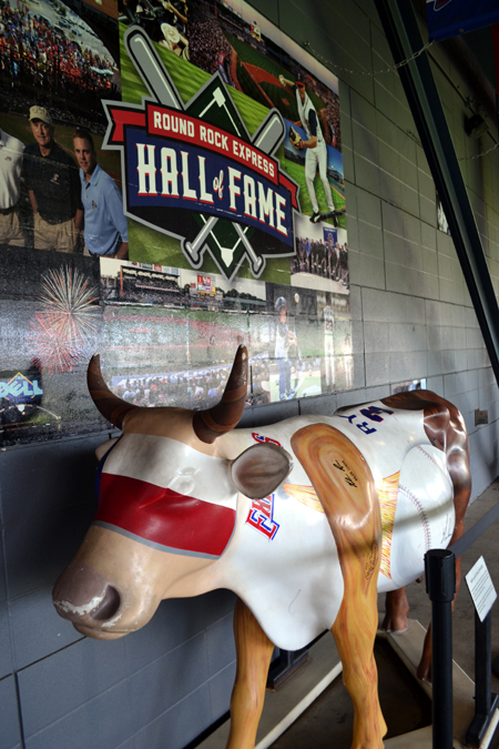 round-rock-express-nolan-ryan-cow