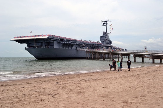 corpus-christi-uss-lexington-from-beach