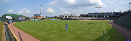 right-field-berm-murphy-pano