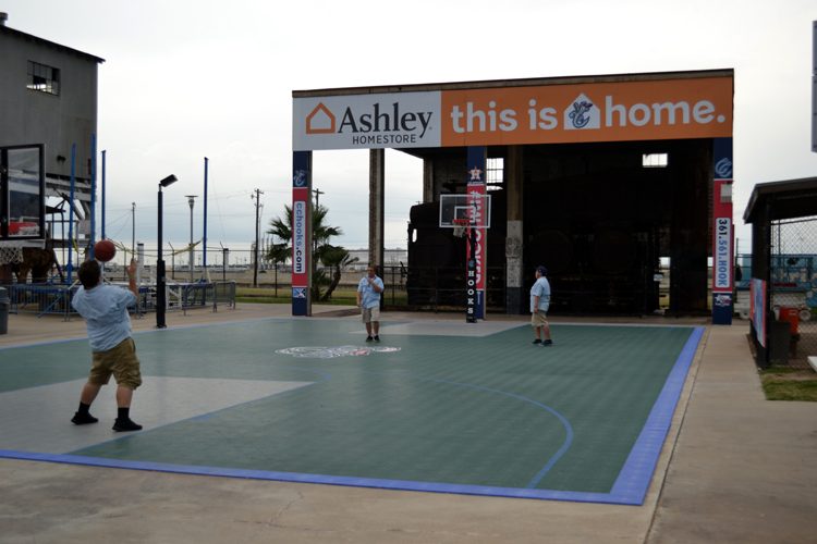 whataburger-field-basketball-court