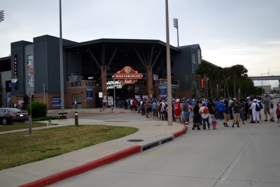 whataburger-field-lineup-outside