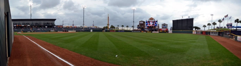 whataburger-field-warning-track-pano