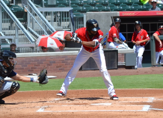 el-paso-chihuahuas-manuel-margot-batting