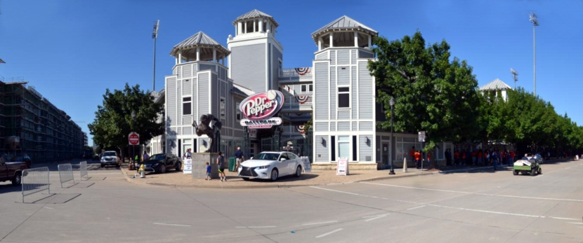dr-pepper-ballpark-pano-front-gates