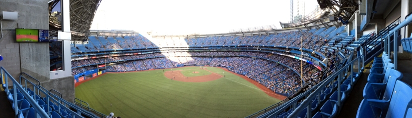 rogers-centre-upper-deck-pano
